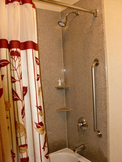 charlotte-shower