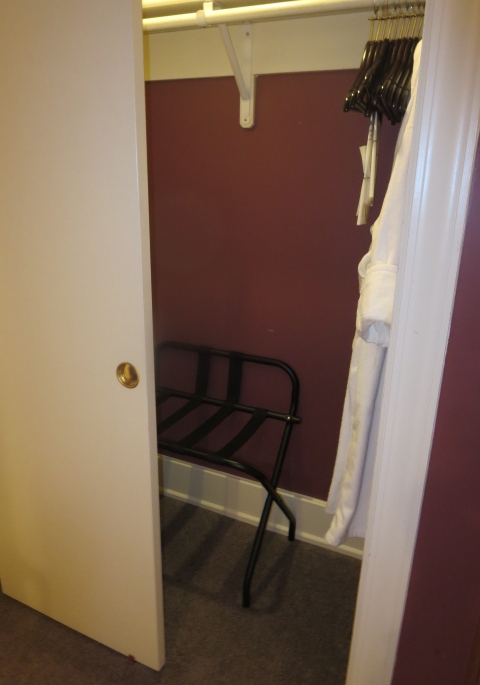 Thin sliding door on the 407 closet.  Yuck.  And do not steal my hanger hangers.
