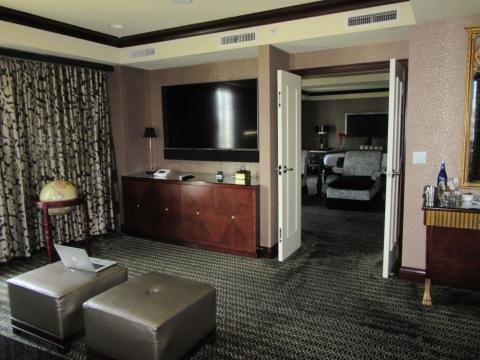 820 Bedroom zoom 3
