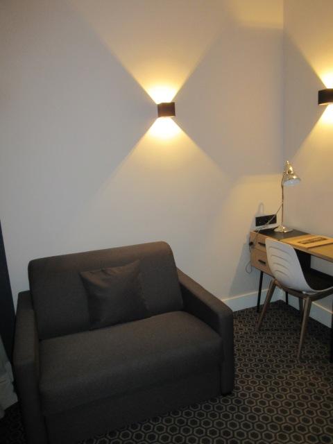 206 sitting area