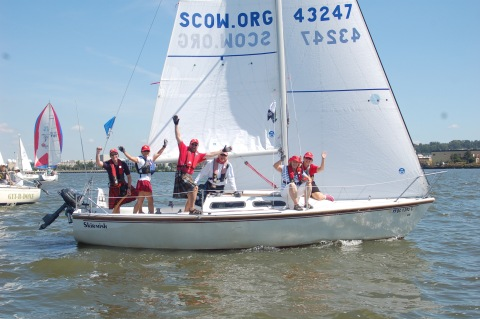 Team Tartan sails the Leukemia Cup in Kilts!
